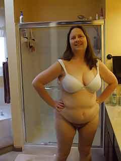 a woman living in Mount Carmel, Illinois